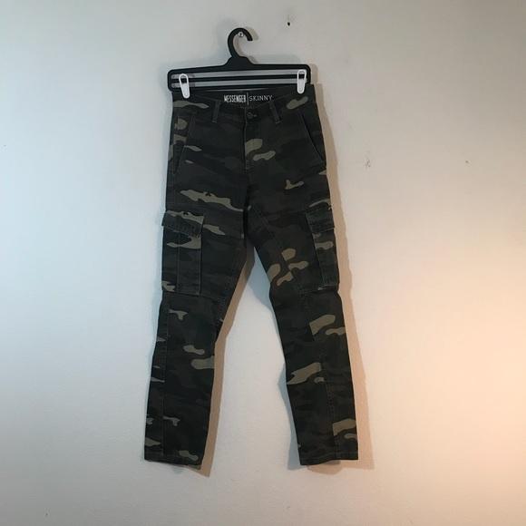 cb2d6b94 Freeworld Other - Freeworld Messenger Skinny Camo Cargo Pants 28x31